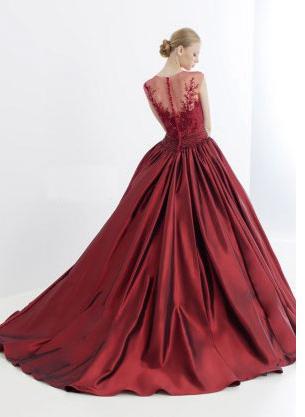 インポートのカラードレス
