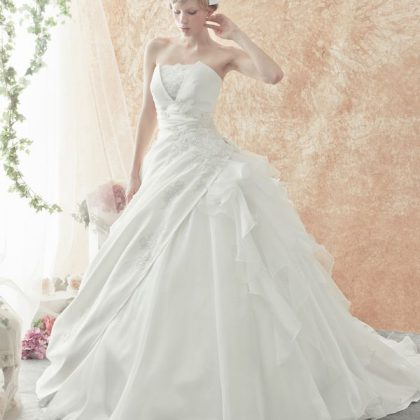 ロレッタアンジェリークのウエディングドレス